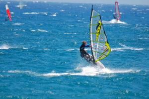 Surfen am Strand von El Medano ,Teneriffa